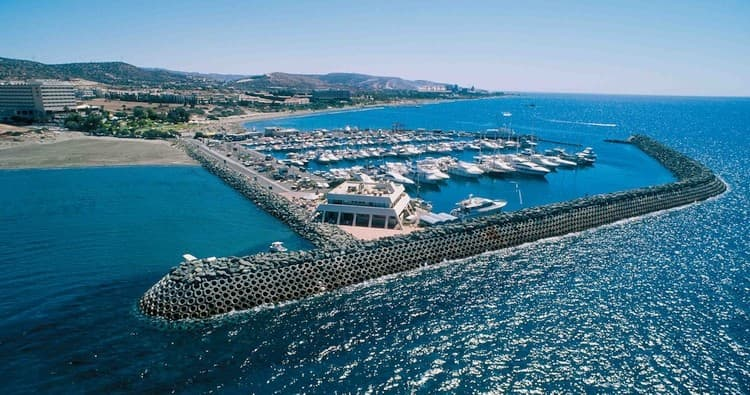 Cyprus Parliament approves casino bill